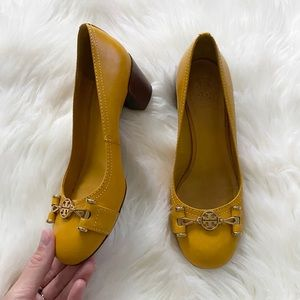 tory burch - leather heeled pumps chunky heel